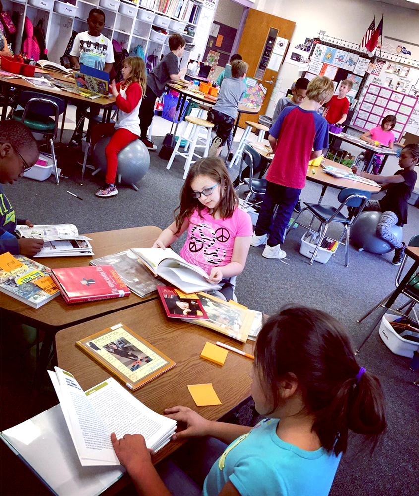 students reviewing books